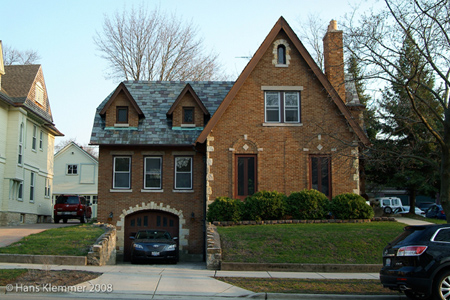 427 DuPage - Cotswold Cottage